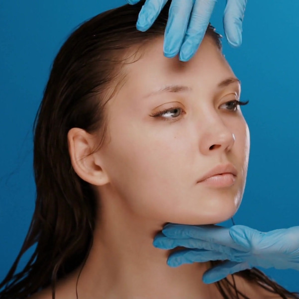 videoblocks-plastic-surgeon-checking-and