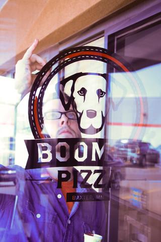 Boomer Pizza | Erickson Design Co.