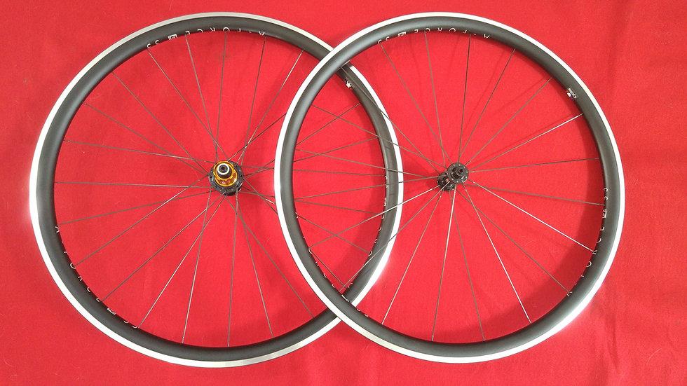 33mm Deep Aero Clincher/Tubeless Aluminum Wheels