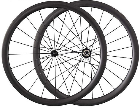 38mm Deep Clincher and Tubeless Compatible Carbon Wheels