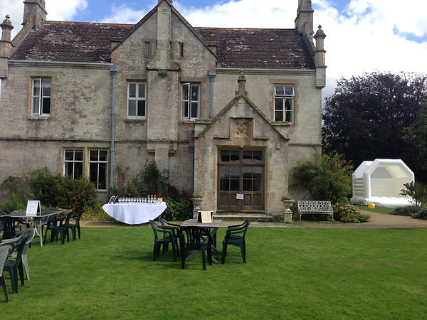 Free Mobile Bar Hire Southover House