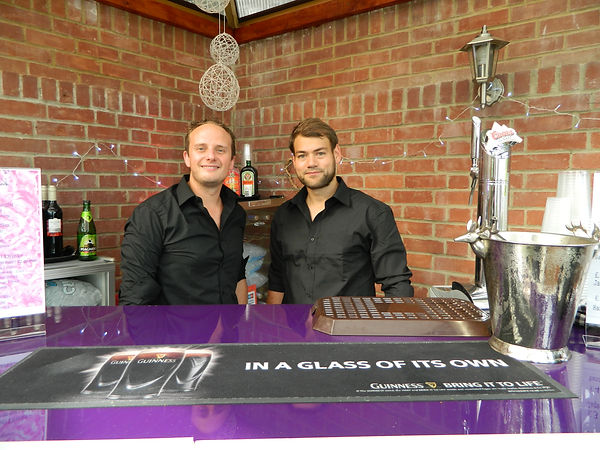 Free Mobile Bar Hire Hampshire