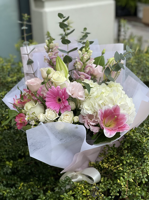 Deluxe Wrapped Fresh Cut Bouquet