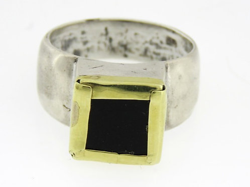 Vintage 925 sterling silver ring with gold inlaid square onyx Israel '60 aaronjewelryart.com