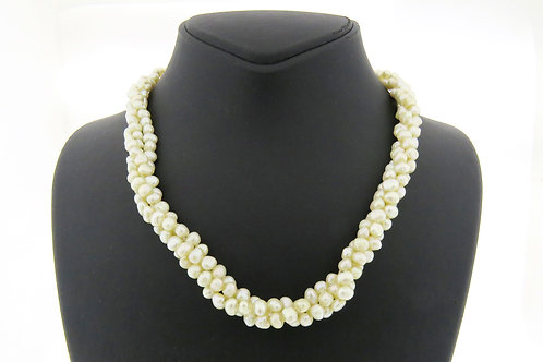 Vintage three rows necklace natural white pearls with 14k gold lock Israel 70' aaronjewelryart.com