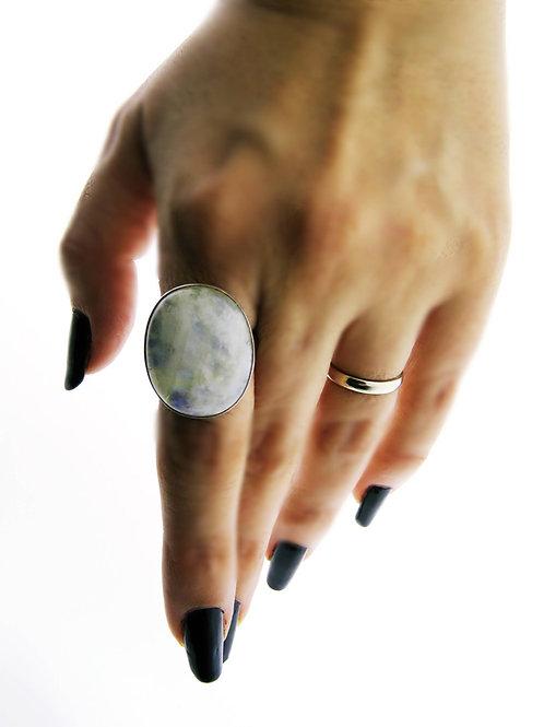 טבעת וינטג' מכסף סטרלינג 925 משובץ בקוורץ לבן בעיצוב מודרני עבודת יד ישראל '60 aaronjewelryart.com