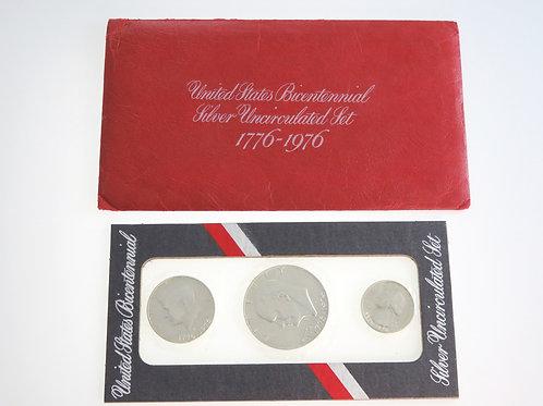 סט של שלוש מטבעות כסף בערך של דולר אמריקאי חצי ורבע 1976 לא היה בשימוש aaronjewelryart.com