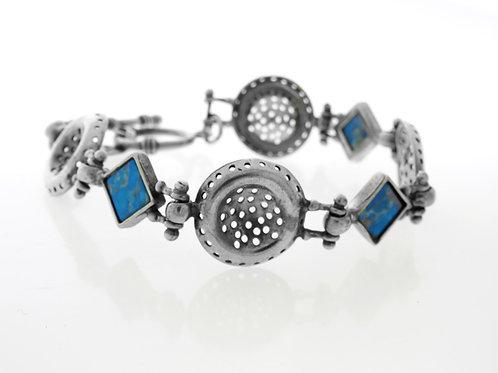 צמיד מעוצב מודרניסטי וינטג' מכסף סטרלינג 925 בשיבוץ אבן כחולה עבודת יד ישראל 80 aaronjewelryart.com