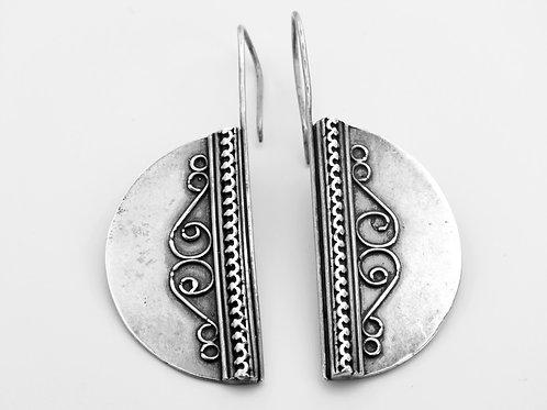 זוג עגילי וינטג' מכסף סטרלינג 925 חצאי עיגול עבודת יד עיצוב מודרניסטי ישראל-'70 aaronjewelryart.com