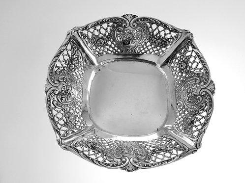 Solid silver 800 bowl basket flower and rose mesh decorations Israel 50s 146 grams aaronjewelryart.com