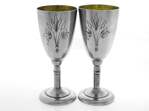 זוג כוסות גביעים וינטג' מכסף רוסי 875 מעוצבות בחריטה צמחית סובייטי רוסיה aaronjewelryart.com