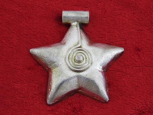 תליון וינטג' מכסף סטרלינג 925 בעיצוב כוכב גדול בעבודת יד ישראל 70 '