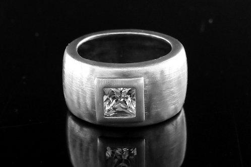 60' טבעת וינטג' מכסף סטרלינג 925 בעיצוב מודרני עם זירקון עבודת ישראל aaronjewelryart.com