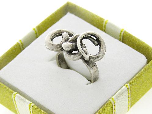 טבעת וינטג' מכסף סטרלינג 925 בעיצוב מודרני פיסולי עבודת יד ישראל שנות ה'60 aaronjewelryart.com