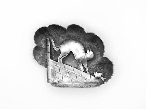 סיכה תליון גדולה וינטג' מכסף סטרלינג 925 חתול וציפור על חומה ישראל שנות ה - '50