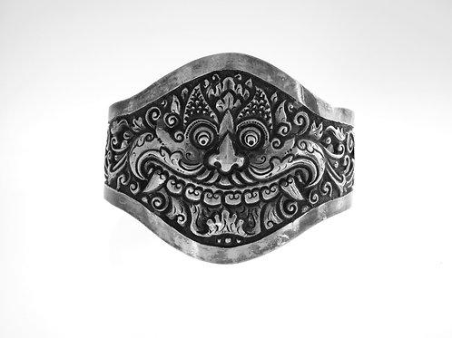 צמיד עתיק מכסף מלא 800 ראש של שד צוחק עבודת יד של אומן תחילת מאה - '20 aaronjewelryart.com