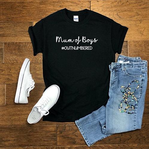 Personalised mum/mam of girls/boys boyfriend t-shirt