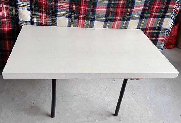 WS00255, presentatietafels,verschillende hoogten