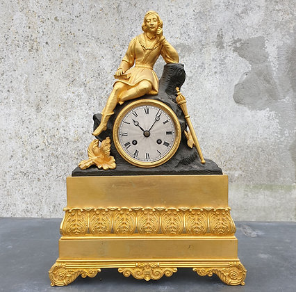 WS00028, Franse pendule, vuurverguld, 18de eeuws