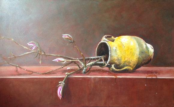 C2010, Arnold Pieterse, omgevallen vaas met Magnolia takken