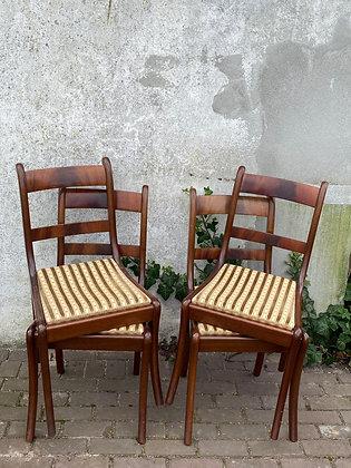 WS00034, Houten eetkamerstoel, prijs per stuk