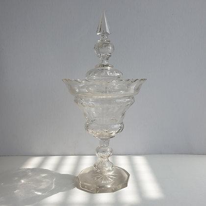 C3583ea, kristallen dekselpot, 34 cm hoog incl deksel
