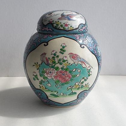 WS00180, Chinees porseleinen dekselpot, ca. 19 cm hoog