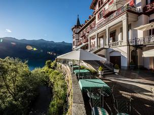 Giessbach Terrasse von oben.jpg