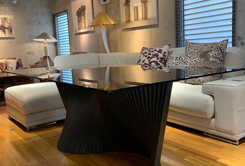 限定1台特別価格イタリア製 ガラス天板ダイニングテーブルOR