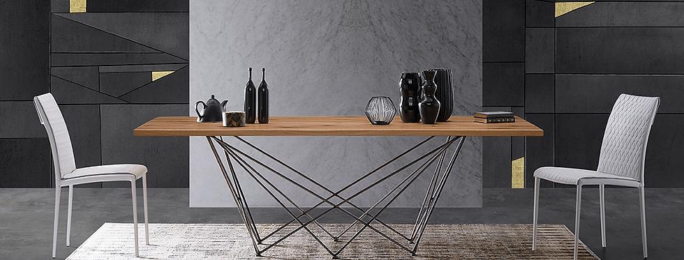 イタリア製  無垢ダイニングテーブル NE