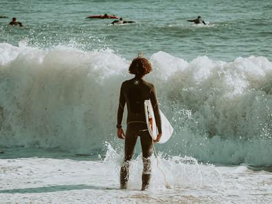 Photo Series La Barceloneta: The Waves Are Calling