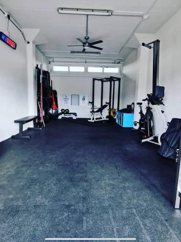 Fully furnished gym 💪🏼