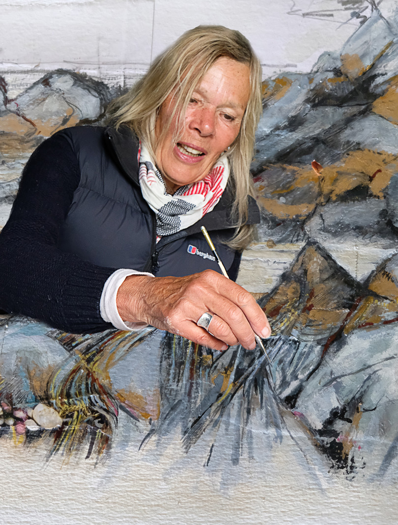 Terry Mills 'Lynda Roberts'