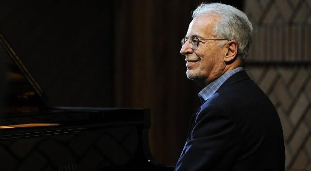 Gilberto Tinetti - Piano