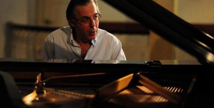 Arnaldo Cohen - Piano