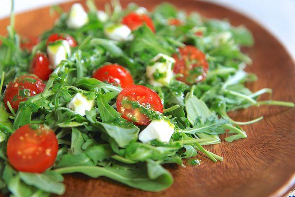 caprese-arugula-salad-3