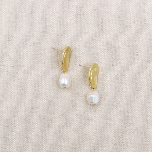 Textured Matte Gold Plate Pearl Earrings