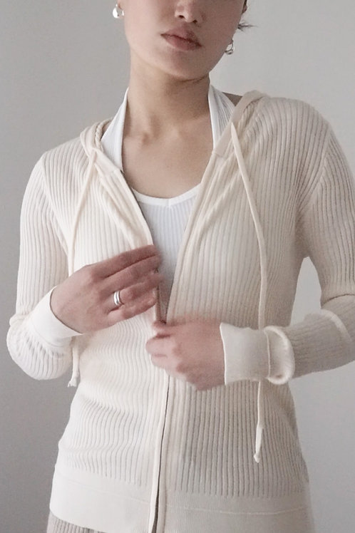 Ribbed Zip-up Sweater