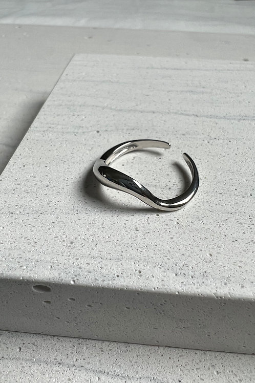 Sterling Silver Mobius Open Ring
