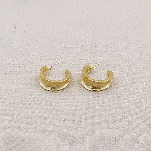 Molten Hoop Matte Earrings