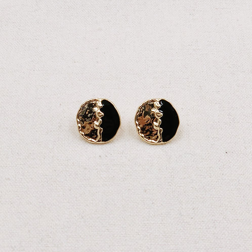 Molten Lacquer Round Earrings