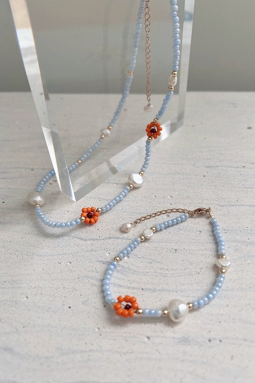 Flower and Pearl Beads Necklace / Bracelet