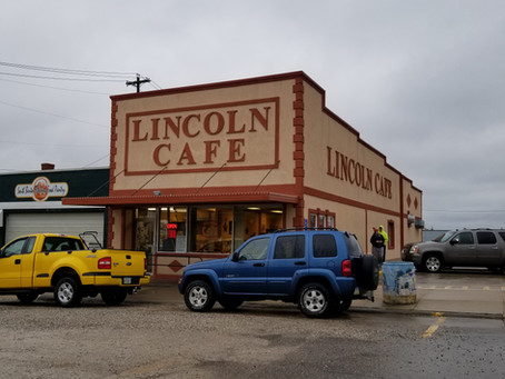 Since 1928, the Lincoln Cafe has served the hungry travelers of the historic Lincoln Highway