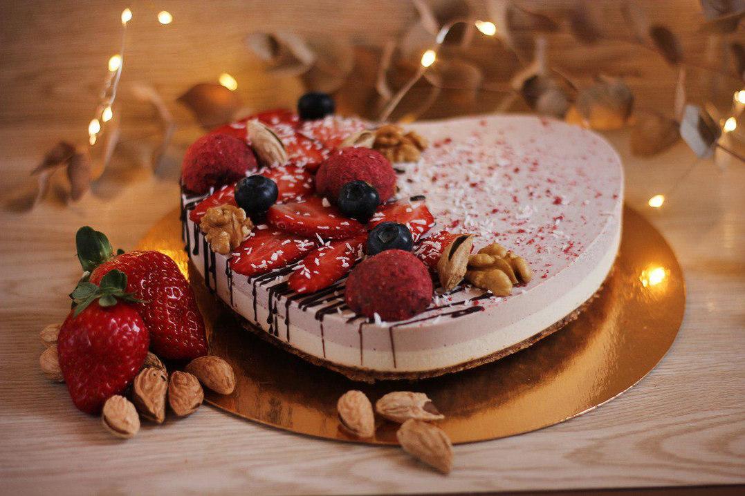 Торт ванильное сердце.jpg