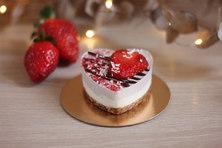 Пирожное клубнична ваниль.jpg