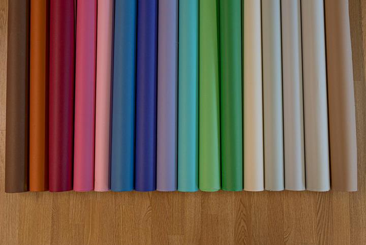 2.57 m x 11m seamless paper