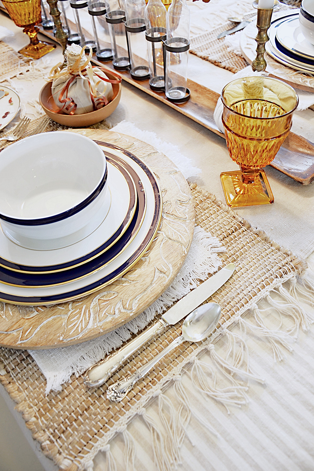 table scape with amber glassware and lenox china.