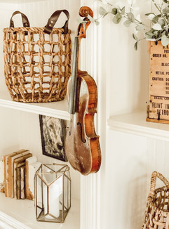 Decorating with Vintage Finds!