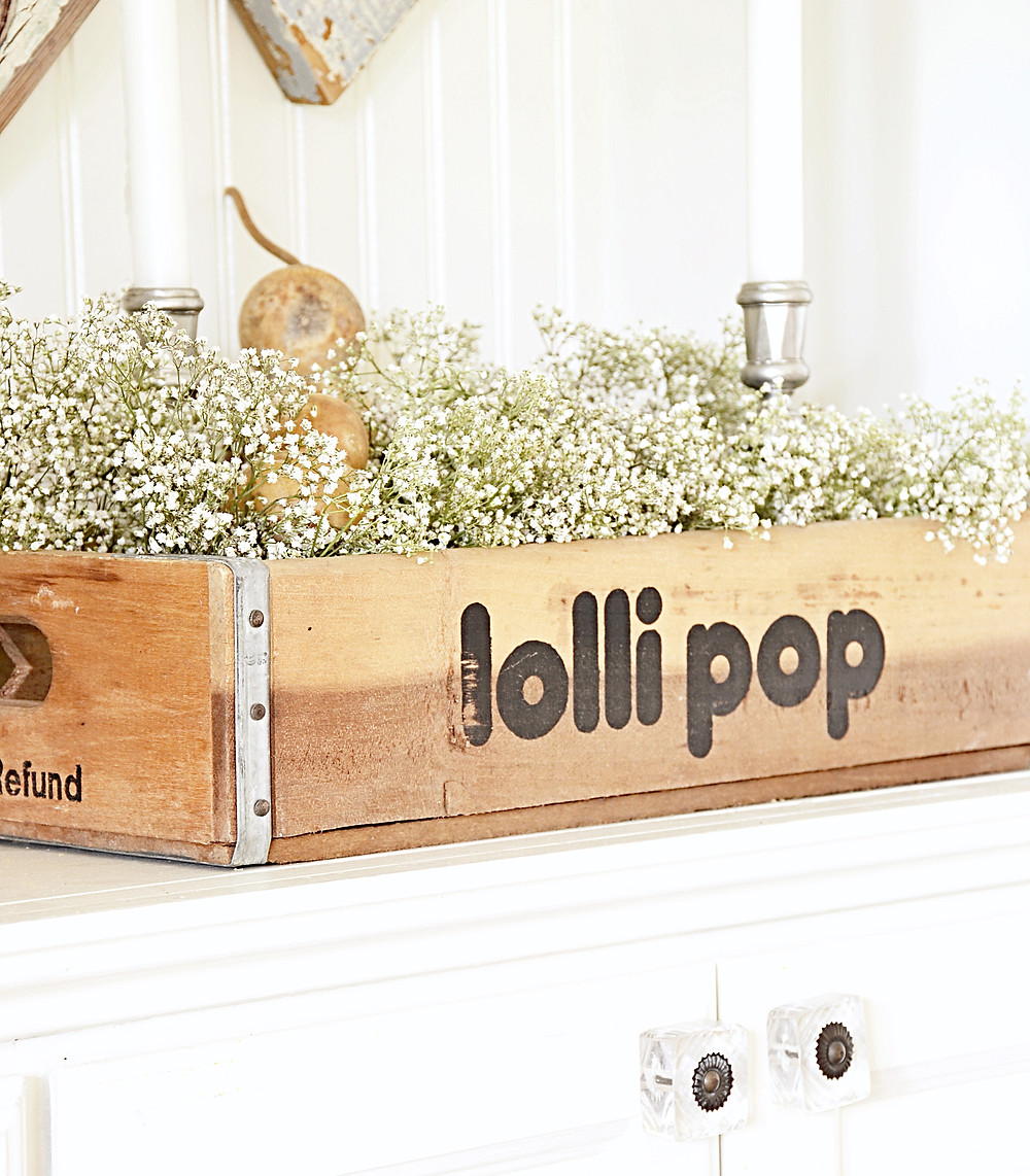 Vintage lolli pop crate