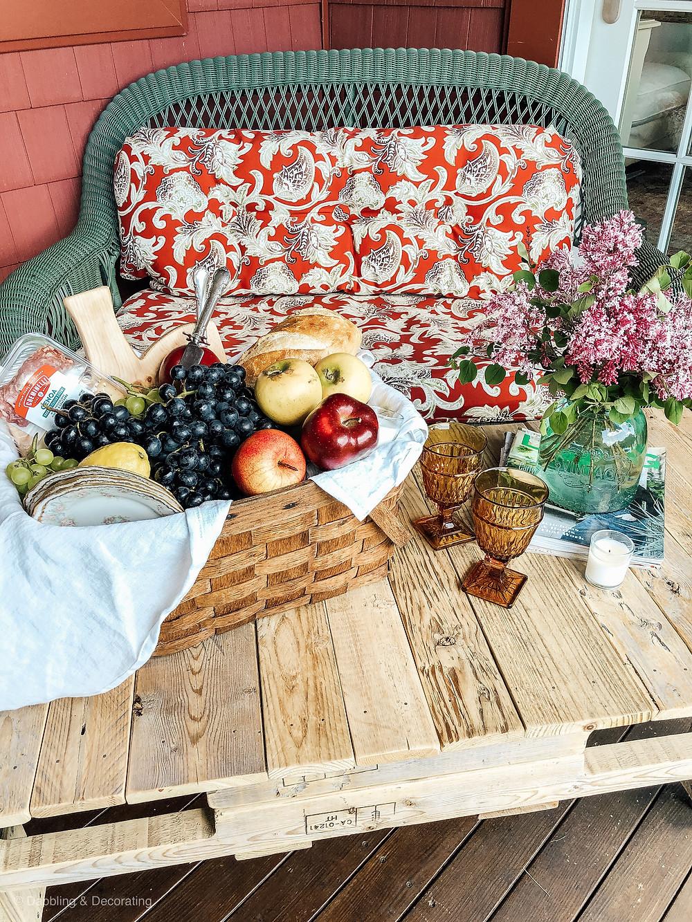 DIY Summer Backyard Picnic